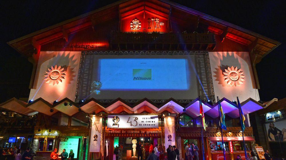 43º Festival de Cinema de Gramado - 07/08/2015. Palácio dos Festivais. Foto: Cleiton Thiele/Agência PressPhoto